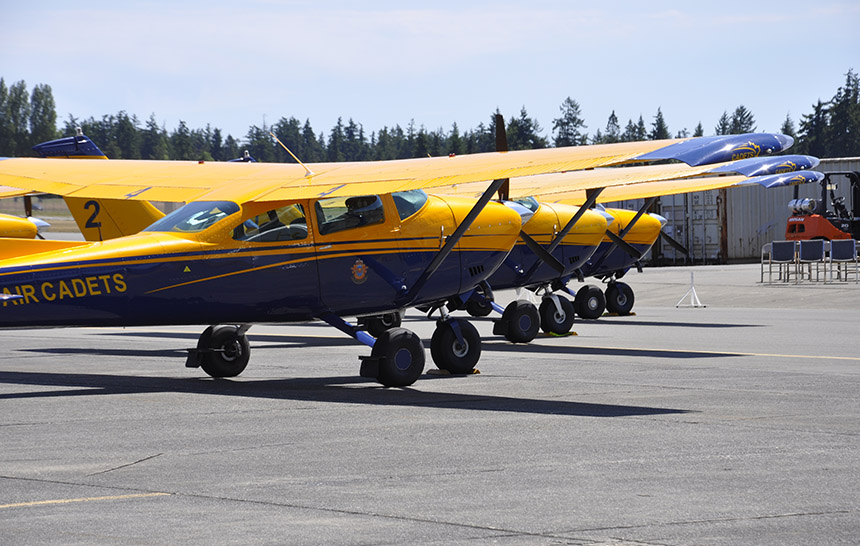 20-bcpc-tow-planes-lined-up
